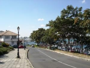 maantee viib linna