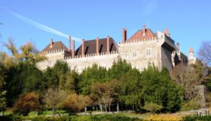 Guimaraes kindlus