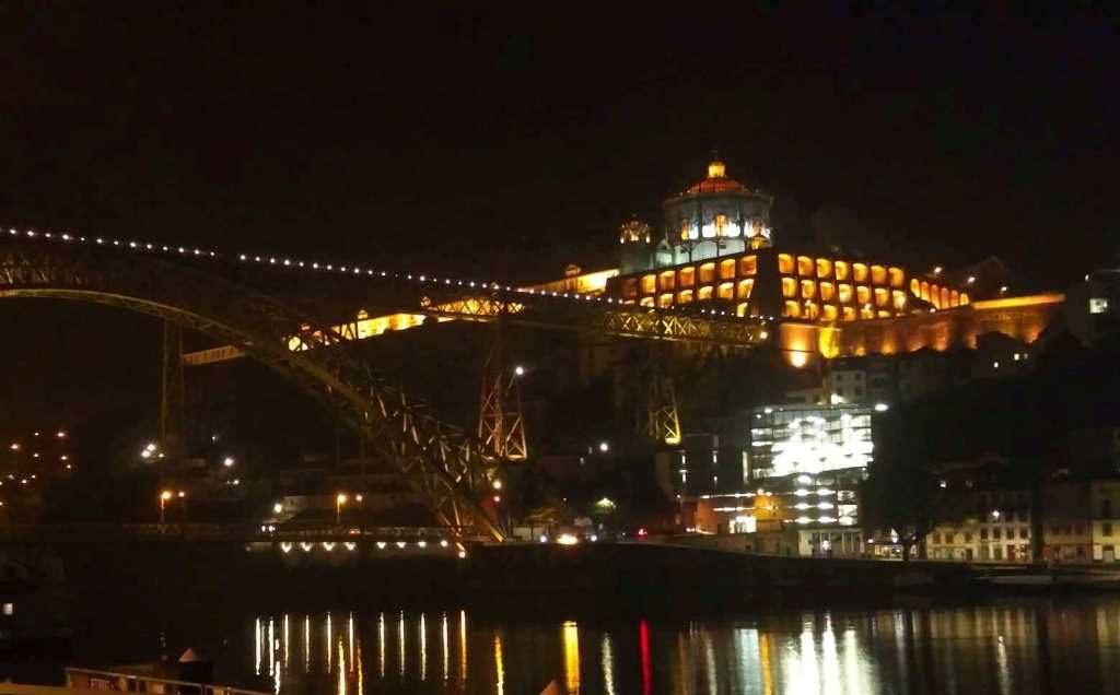 Porto öösel