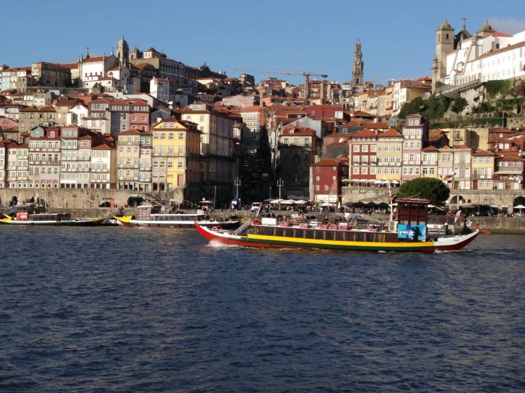 Porto Douro jõe ääres