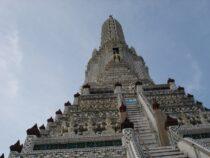 Bangkok, Wat Arun ja Wat Traimit